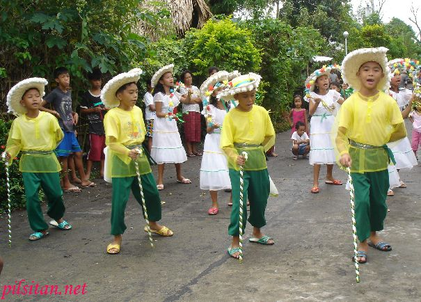 Bulusan's Pastora is the traditonal Pastores de Belen