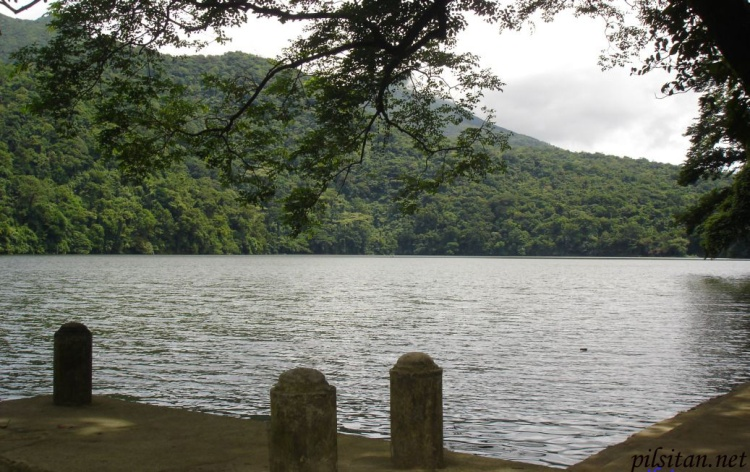 Bulusan Lake through the lens of a native son