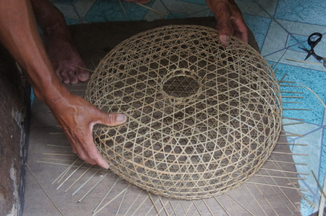 Bobo fish trap weaving