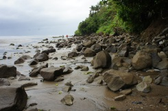 Boulders strewn along the beach that look like remnants of past volcanic eruption form an impressive Rock Beach landscape adding a sense of excitement and energy to the mysterious Mapaso spring. Mapaso is an old lava flow according to Phivolcs.