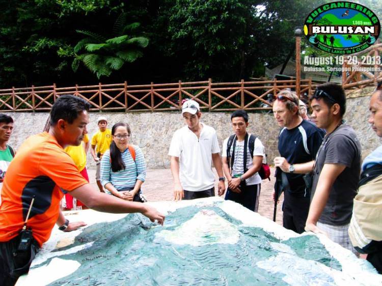 Philip Bartilet, AGAP-Bulusan head orients trekkers/climbers before the climb that begins at the vicinity of Bulusan Lake, this site.  Photo courtesy of AGAP-Bulusan.