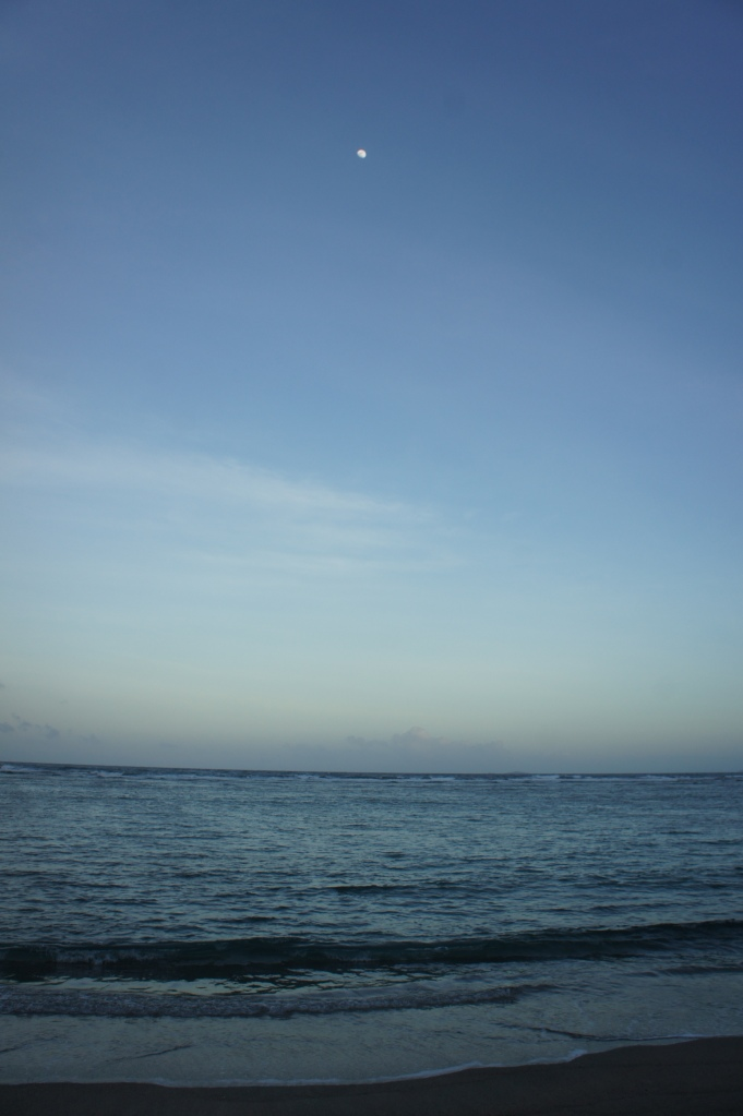 Late afternoon in Dancalan Beach, Bulusan