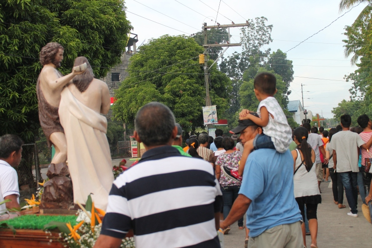 A scene at the procession in Bulusan.
