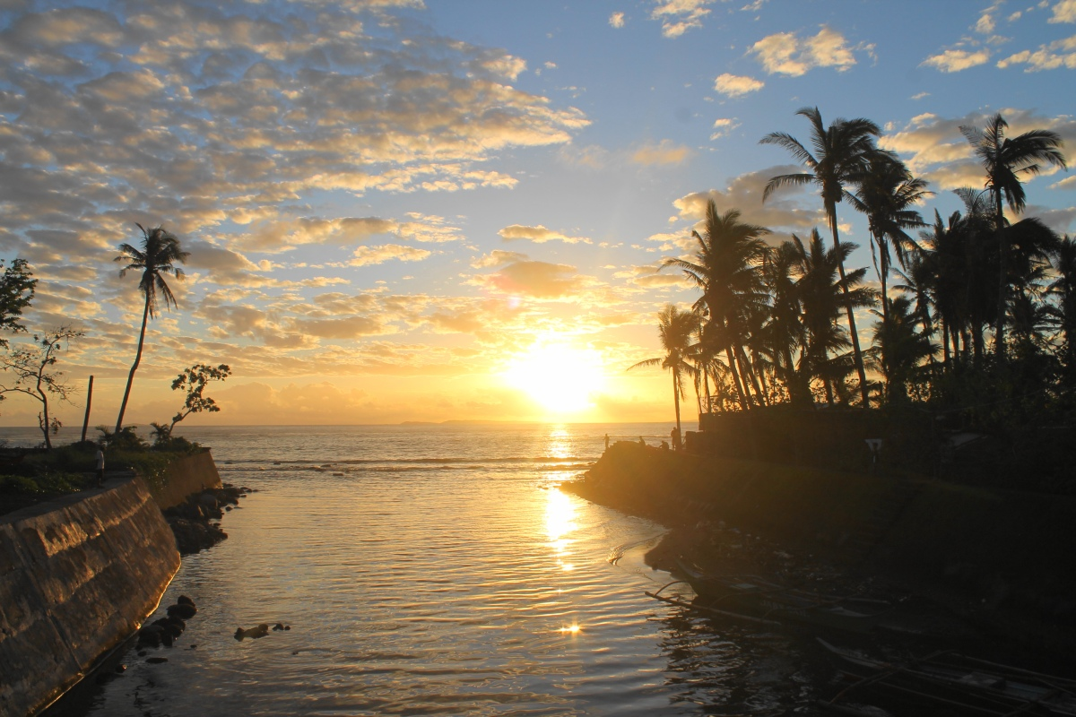 Sunrise, Bulusan, Januay 8, 2016, 6:25 AM